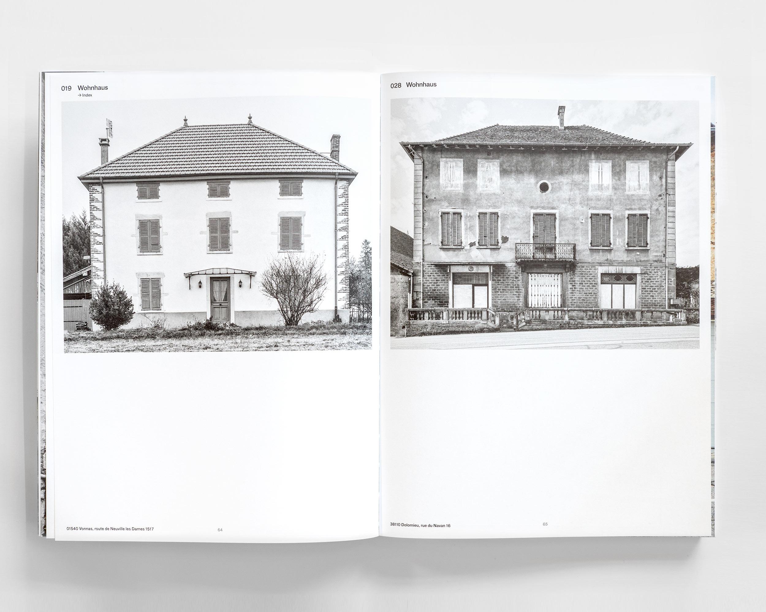 """Photograph des Buches """"Pisé - Stampflehm""""  487/11"""