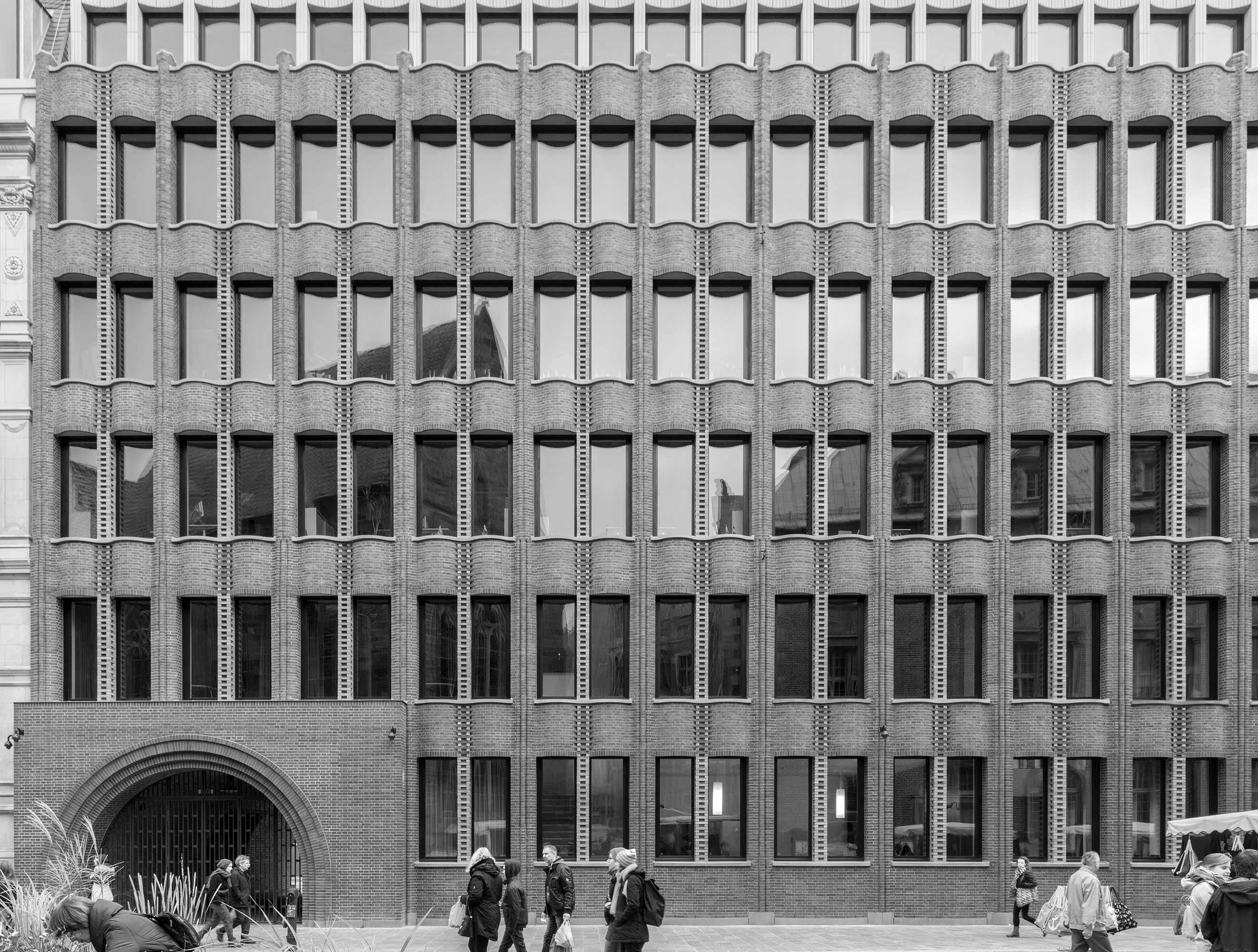 Bremer Landesbank  256/9