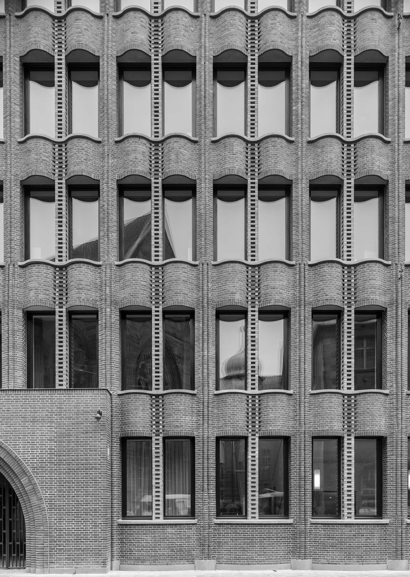 Bremer Landesbank  260/10