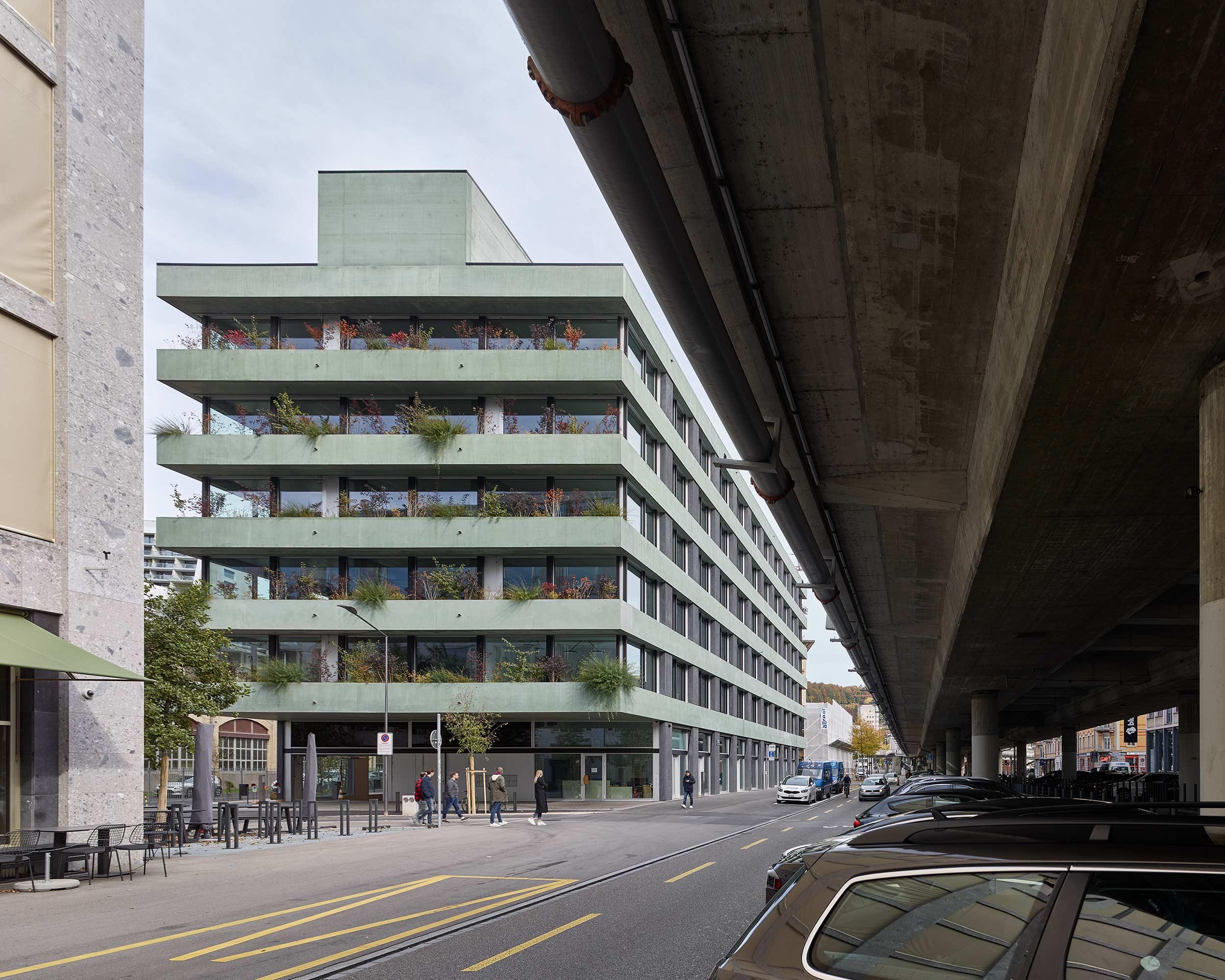 Escher-Wyss-Platz  2/12