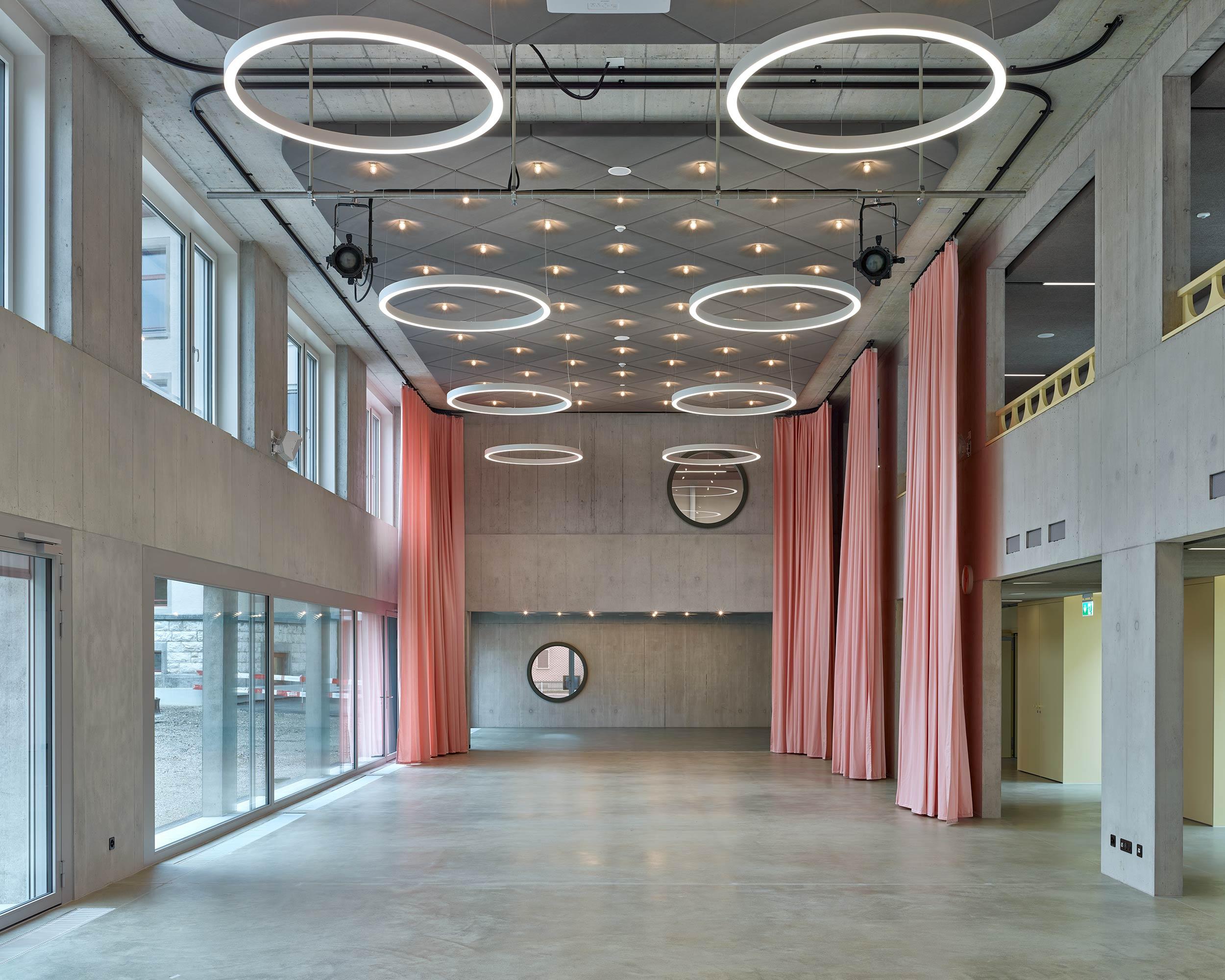 Schulhaus Kirchacker  12/14